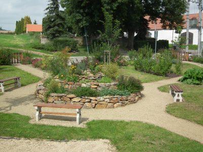 Odpočinková zóna v obci Lukov